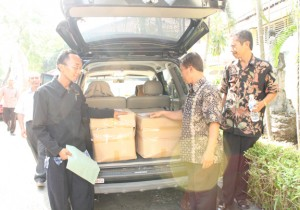 wpid-0-Kab-Cirebon-Soal-300x210.jpg