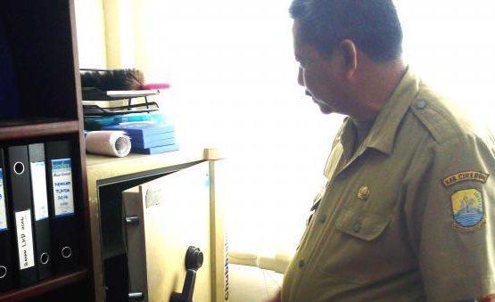 CCTV-Cirebon-Terekam-CCTV-Kantor-Disdik-Kemalingan