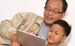 anak-hobi-internet-an-orangtua-harus-lakukan-ini
