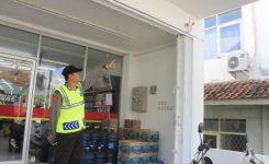 Saat Jam Sahur, Alfamart Ciwaringin Dirampok, Pelaku Terekam CCTV